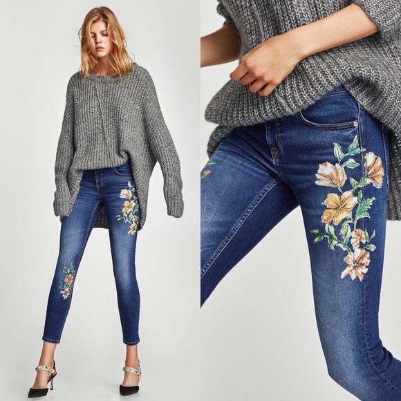 Zara Denim - Zara Mid-Rise With Floral Embroidery Size 4